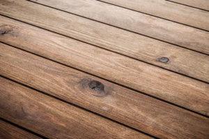 Hårdttræs terrassebrædder - Sådan får du en holdbar terrasse