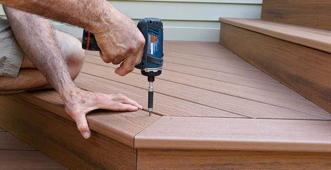 Terrassetrappe gør det selv - Sådan griber du opgaven an